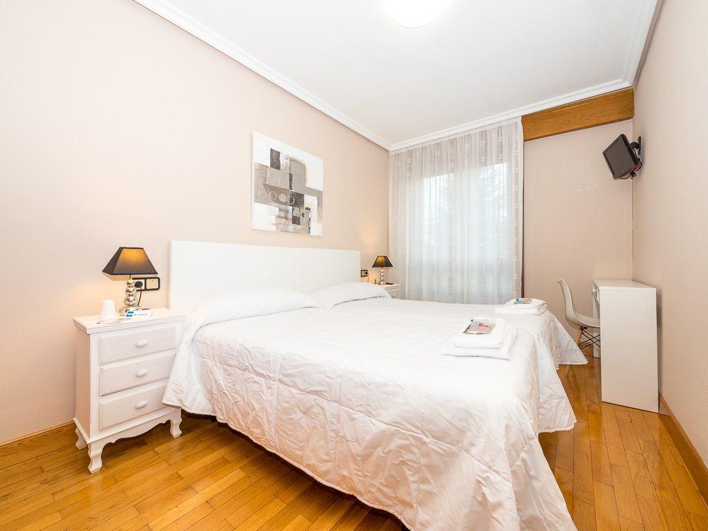 Reservar Habitación Pamplona